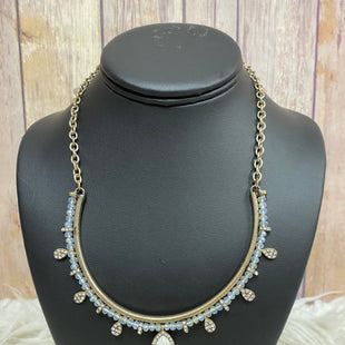 Primary Photo - BRAND:    CLOTHES MENTOR STYLE: NECKLACE COLOR: WHITE SKU: 242-24235-15916