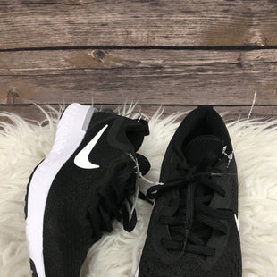 Primary Photo - BRAND: NIKE STYLE: SHOES ATHLETIC COLOR: BLACK SIZE: 6 SKU: 242-24287-207