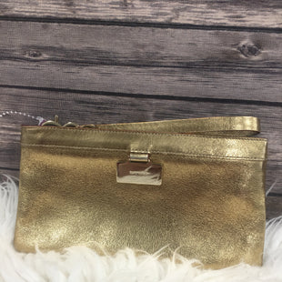 Primary Photo - BRAND: KATE SPADE STYLE: WRISTLET COLOR: BRONZE SKU: 242-24213-107812MEASURES 8 INCHES WIDE