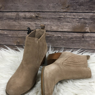 Primary Photo - BRAND: RESTRICTED STYLE: BOOTS ANKLE COLOR: TAUPE SIZE: 7.5 SKU: 242-24264-36604