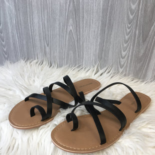 Primary Photo - BRAND:    CLOTHES MENTOR STYLE: SHOES FLATS COLOR: BLACK SIZE: 8 OTHER INFO: PRETTY LITTLE THING - SKU: 242-24235-18846