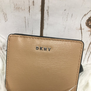 Primary Photo - BRAND: DKNY STYLE: WALLET COLOR: TAN SIZE: SMALL SKU: 242-24268-10482