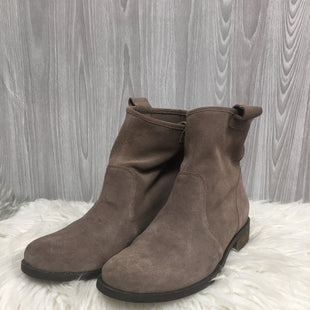 Primary Photo - BRAND: SOLE SOCIETY STYLE: BOOTS ANKLE COLOR: TAUPE SIZE: 7.5 SKU: 242-242102-2068
