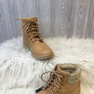 Primary Photo - BRAND: ST JOHNS BAY STYLE: BOOTS ANKLE COLOR: TAN SIZE: 7.5 SKU: 242-24213-126163