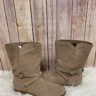 Primary Photo - BRAND: KOOLABURRA BY UGG STYLE: BOOTS ANKLE COLOR: TAUPE SIZE: 7 SKU: 242-24264-39296NEW!