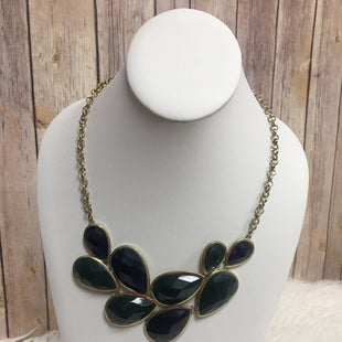 Primary Photo - BRAND:    CLOTHES MENTOR STYLE: NECKLACE COLOR: GREEN SKU: 242-24235-16219