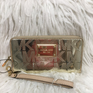 Primary Photo - BRAND: MICHAEL KORS STYLE: WRISTLET COLOR: GOLD SKU: 242-24264-43031