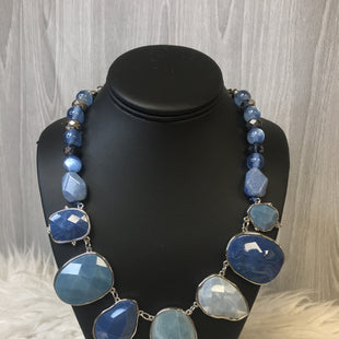 Primary Photo - BRAND: CHICOS STYLE: NECKLACE COLOR: BLUE SKU: 242-24213-124614