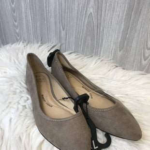 Primary Photo - BRAND: TIME AND TRU STYLE: SHOES FLATS COLOR: TAUPE SIZE: 7.5 SKU: 242-24213-125957