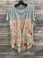 Photo #1 - BRAND: ARATTA SILENT JOURNEY <BR>STYLE: TOP SHORT SLEEVE <BR>COLOR: GREY <BR>SIZE: L <BR>SKU: 242-24213-117651