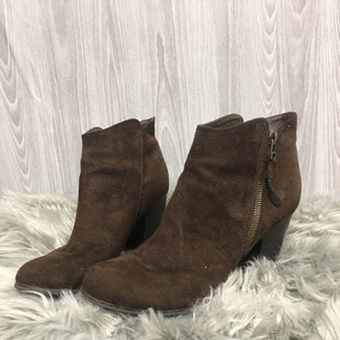 Primary Photo - BRAND:    CLOTHES MENTOR STYLE: BOOTS ANKLE COLOR: BROWN SIZE: 10 OTHER INFO: GINNIE - SKU: 242-24284-6339