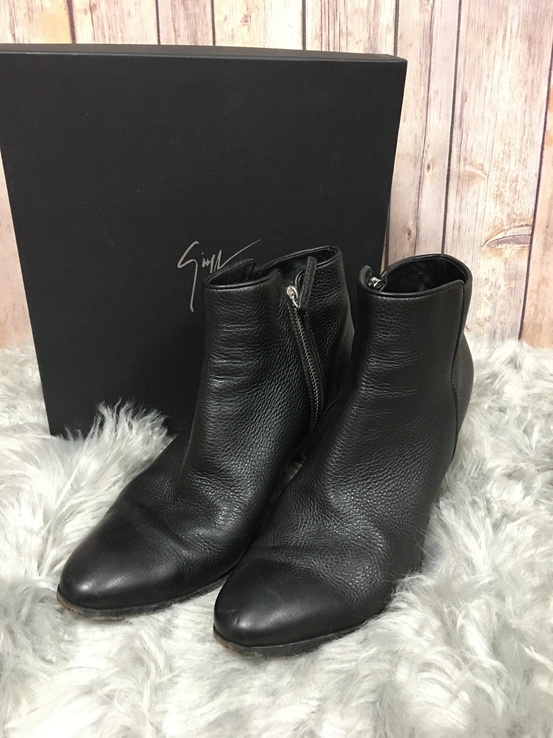 Primary Photo - BRAND: GUISEPPE ZANNOTI DESIGNS <BR>STYLE: BOOTS DESIGNER <BR>COLOR: BLACK <BR>SIZE: 9 <BR>SKU: 242-24213-118070
