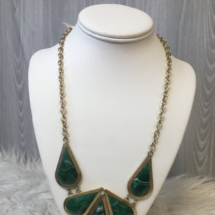 Primary Photo - BRAND:    CLOTHES MENTOR STYLE: NECKLACE COLOR: GREEN SKU: 242-24235-16218