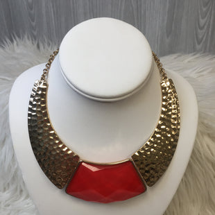Primary Photo - BRAND:    CLOTHES MENTOR STYLE: NECKLACE COLOR: RED SKU: 242-24264-39155