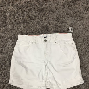 Primary Photo - BRAND: EDDIE BAUER STYLE: SHORTS COLOR: WHITE SIZE: 8 SKU: 242-24213-127710