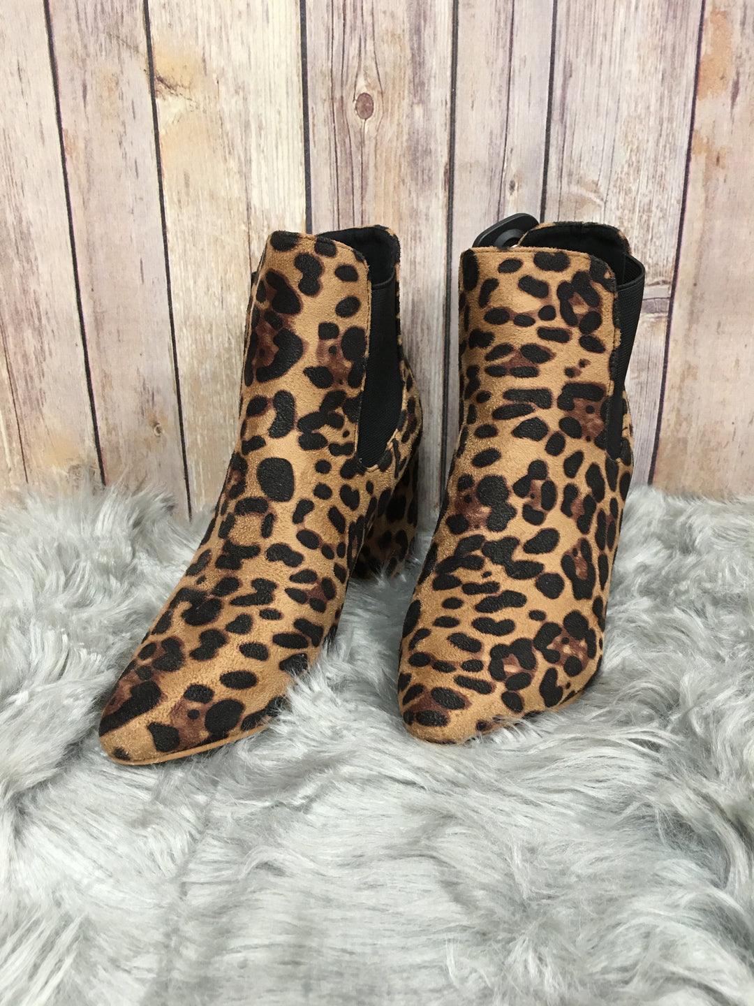 Primary Photo - BRAND: YOKI <BR>STYLE: BOOTS ANKLE <BR>COLOR: ANIMAL PRINT <BR>SIZE: 8 <BR>SKU: 242-24235-15763