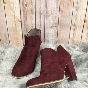 Primary Photo - BRAND: MICHAEL ANTONIO STYLE: BOOTS ANKLE COLOR: MAROON SIZE: 7.5 SKU: 242-24264-36851