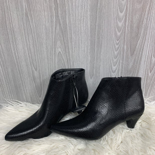 Primary Photo - BRAND: TIME AND TRU STYLE: BOOTS ANKLE COLOR: BLACK SIZE: 8.5 SKU: 242-24213-121279