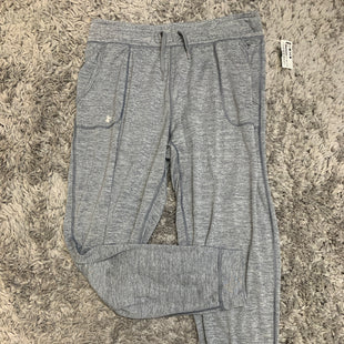Primary Photo - BRAND: UNDER ARMOUR STYLE: ATHLETIC PANTS COLOR: GREY SIZE: M SKU: 242-24213-128195