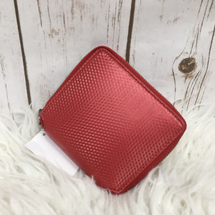 Primary Photo - BRAND: MARC JACOBS STYLE: WALLET COLOR: RED SIZE: MEDIUM SKU: 242-24268-11645