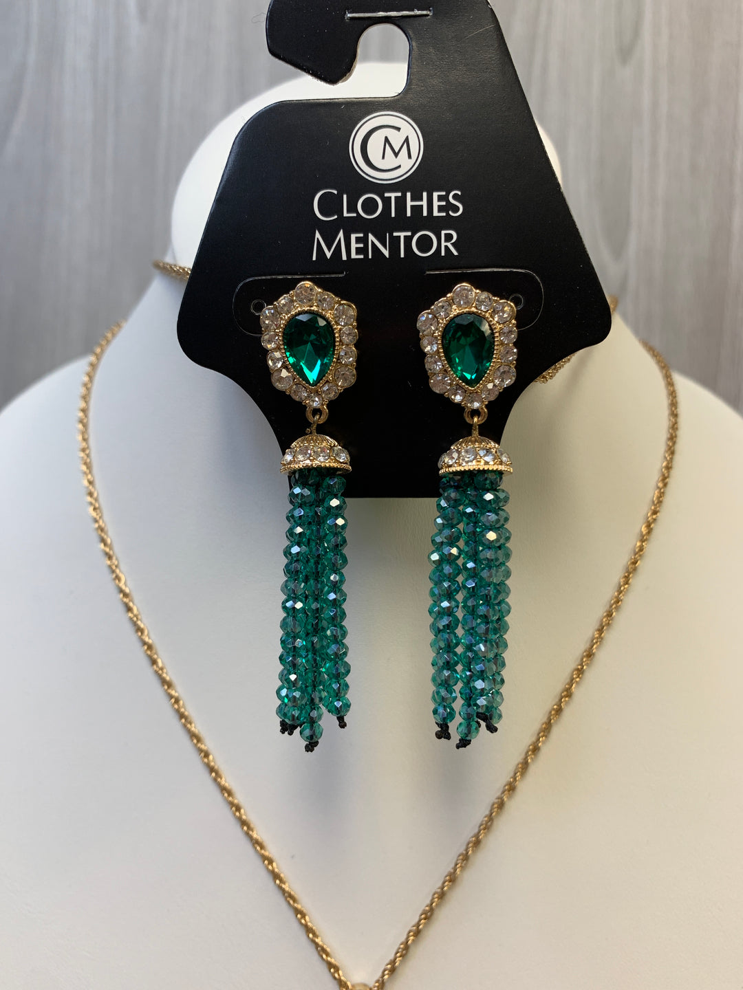 Photo #1 - BRAND: MATERIAL GIRL <BR>STYLE: NECKLACE SET <BR>COLOR: GREEN <BR>SKU: 242-24264-45745