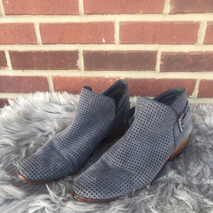 Primary Photo - BRAND: SAM EDELMAN STYLE: BOOTS ANKLE COLOR: GREY SIZE: 9.5 SKU: 242-242103-642THE COLOR IS A SLATE BLUE