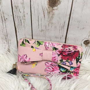 Primary Photo - BRAND: BETSEY JOHNSON STYLE: WRISTLET COLOR: FLORAL SKU: 242-24290-24130