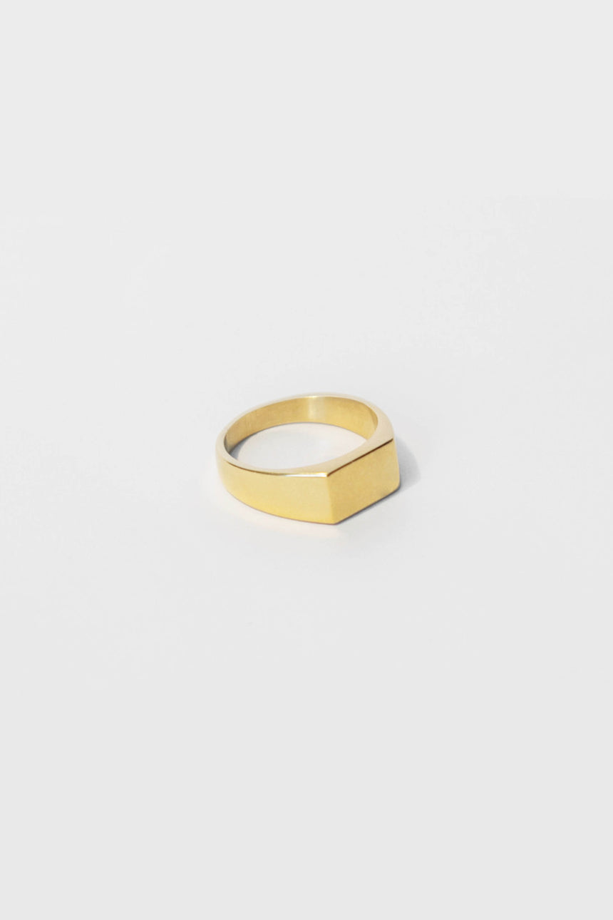 Box Ring in Gold