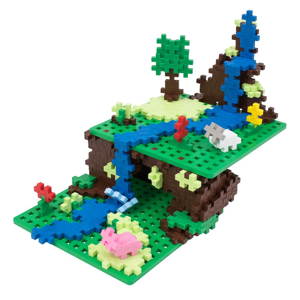 3600 pc Mixed Colors in Tub with 12 Baseplates