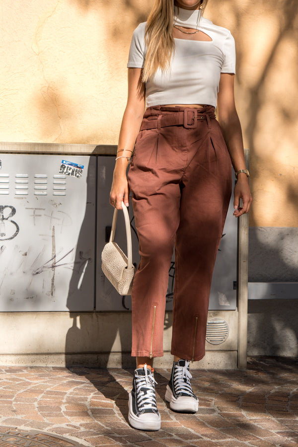 Paperbag hose pantalon brun - NAKD vetements