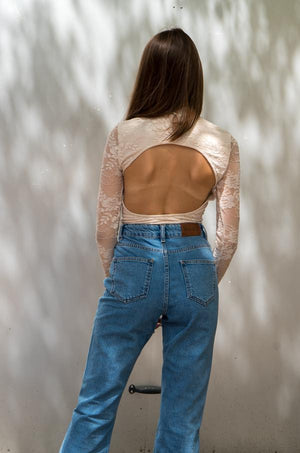 Charger l'image dans la galerie, Bodysuit dentelle beige open back - NAKD vetements