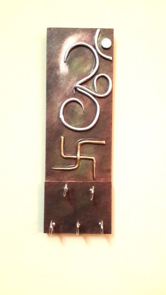 Om Swastik Key Holder Wooden