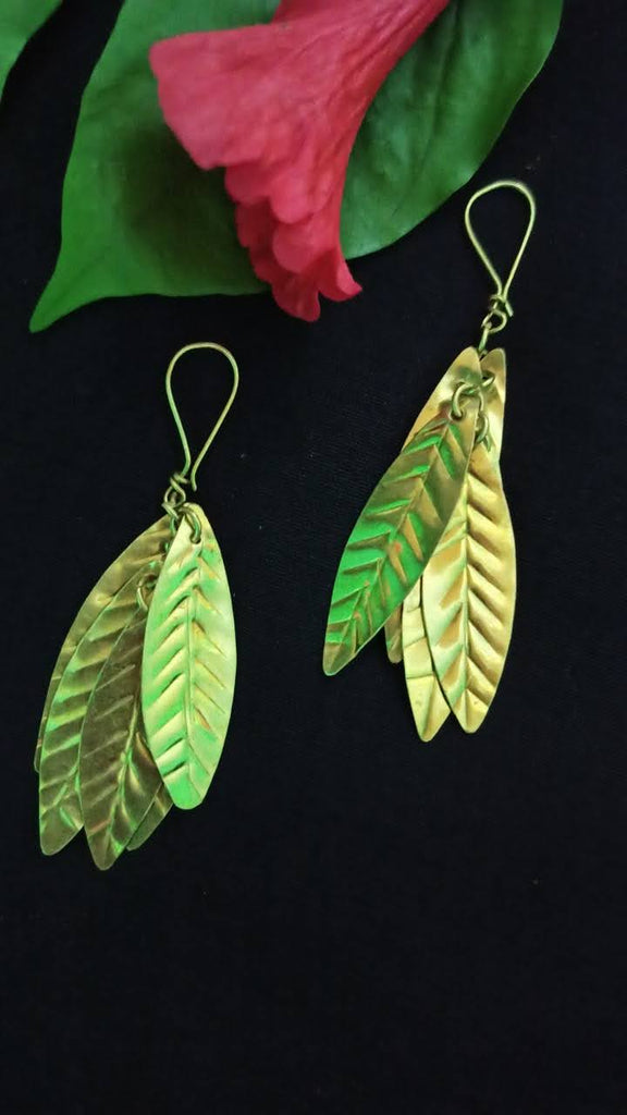 Dokra Earrings -Cluster leaf