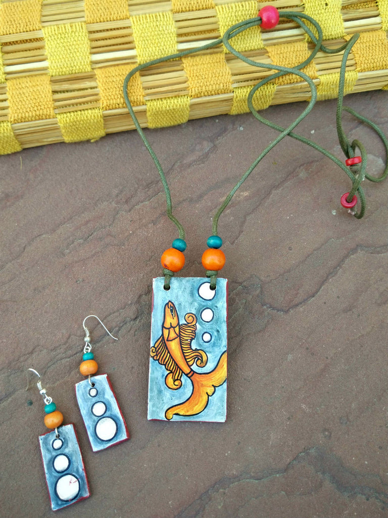 Mural Necklace with Earrings