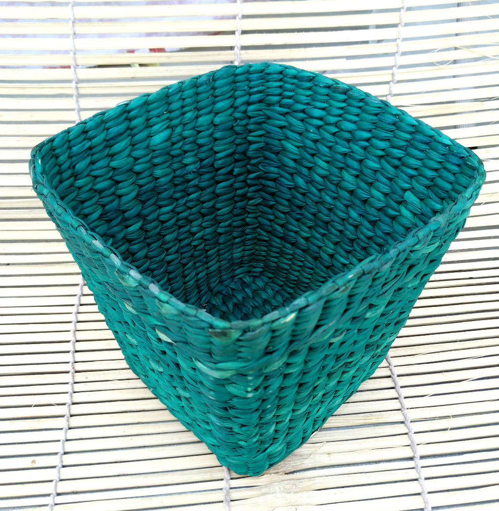Utility Desk Basket Medium