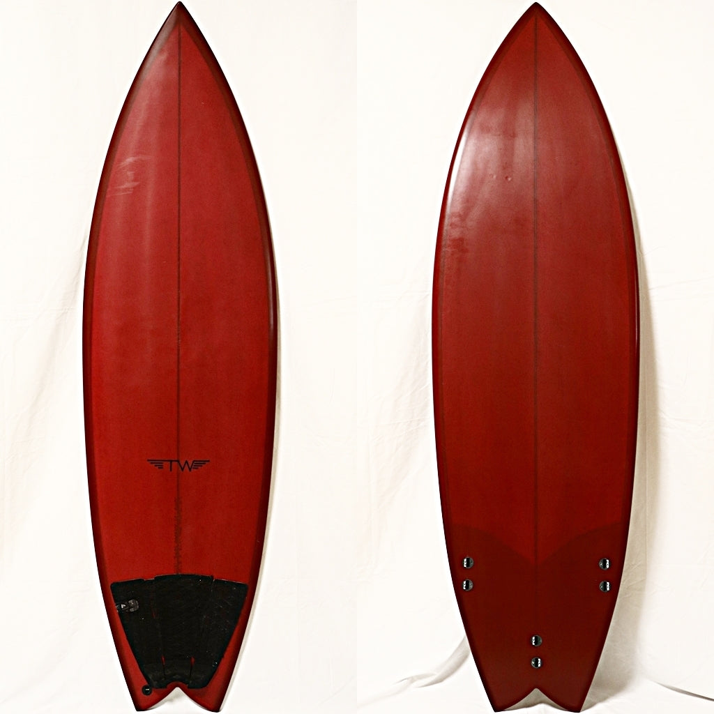 Tyler Warren本人ボード 5'8 Thruster Fish(USED)