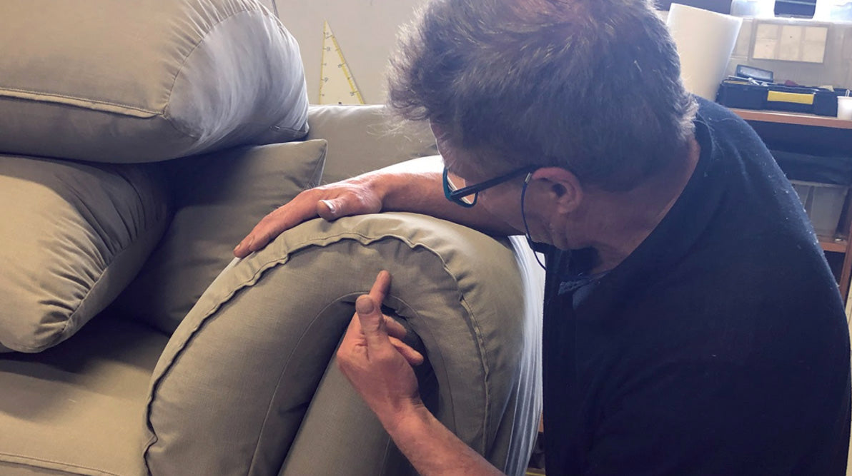 Finalizing Casquet, Details, Cushions and armrests