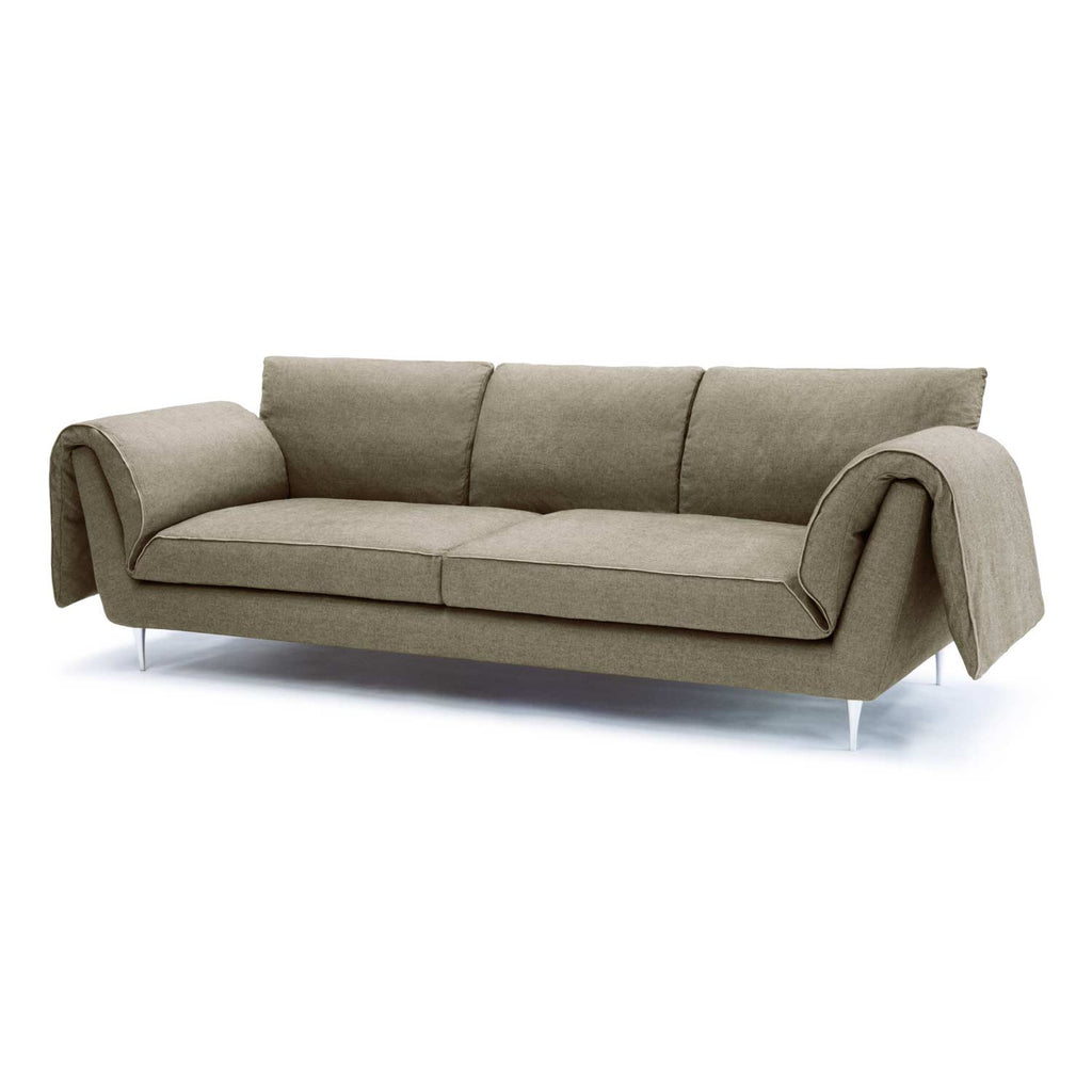Casquet 3 seater sofa with wings