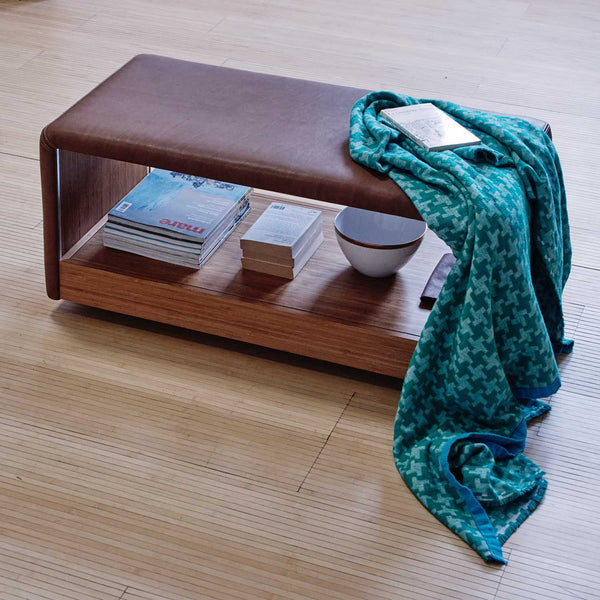 Domino pouf and coffee table