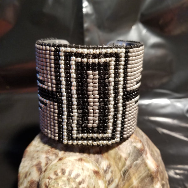 B19. OOAK Art Deco black & silver cuff - classic & contemporary bling