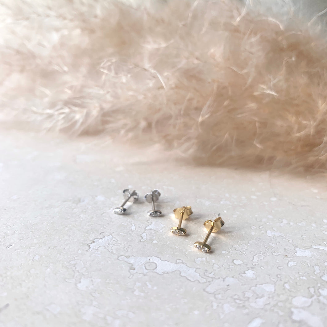 Gold or Silver Ellipse Studs