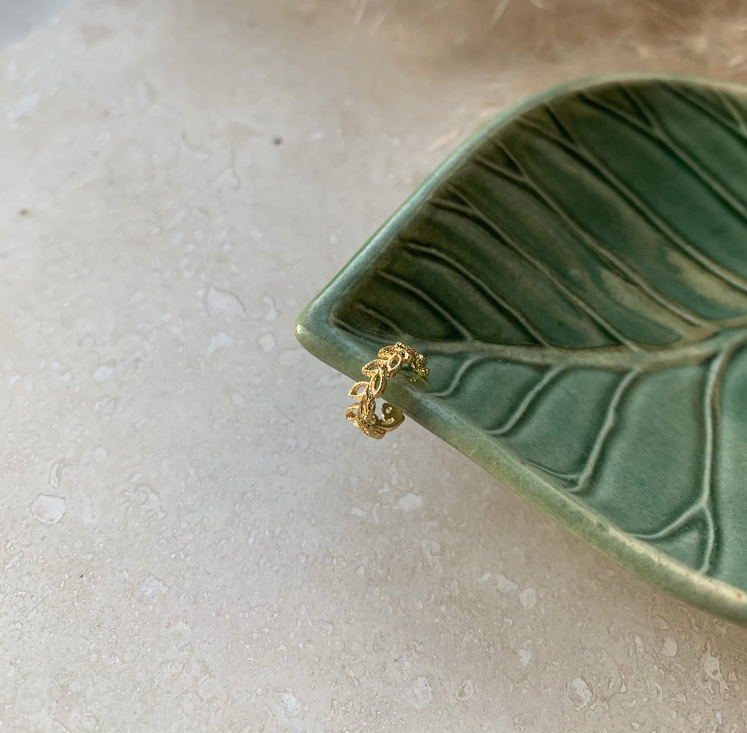Laurel Leaf Gold Ear Cuff