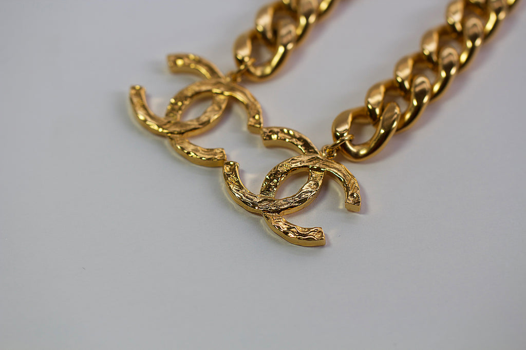 Pre-Owned Chanel Chunky Gold Chain CC Drop Earrings