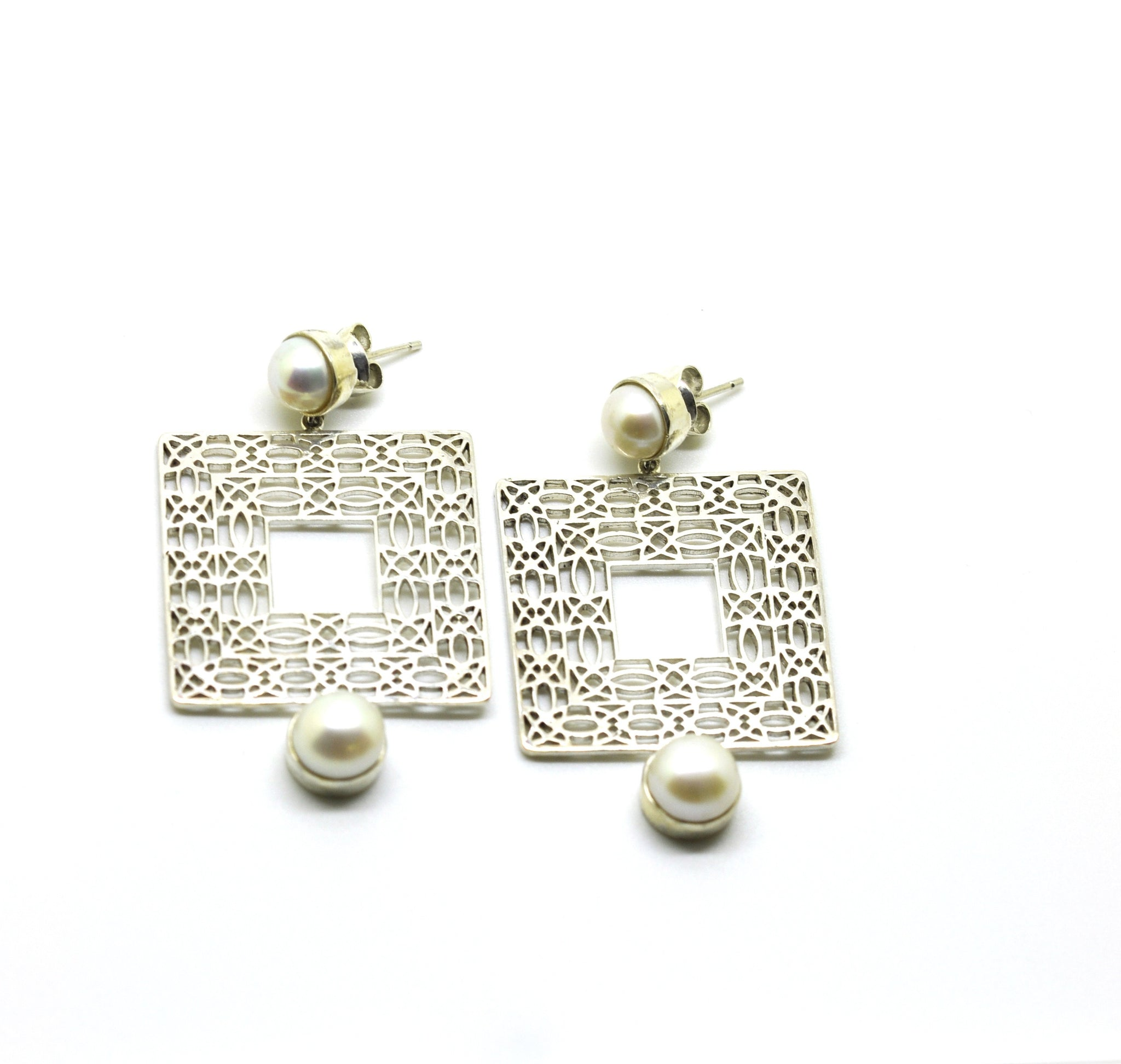 ON SALE Filigree - Square with pearls (clearance)