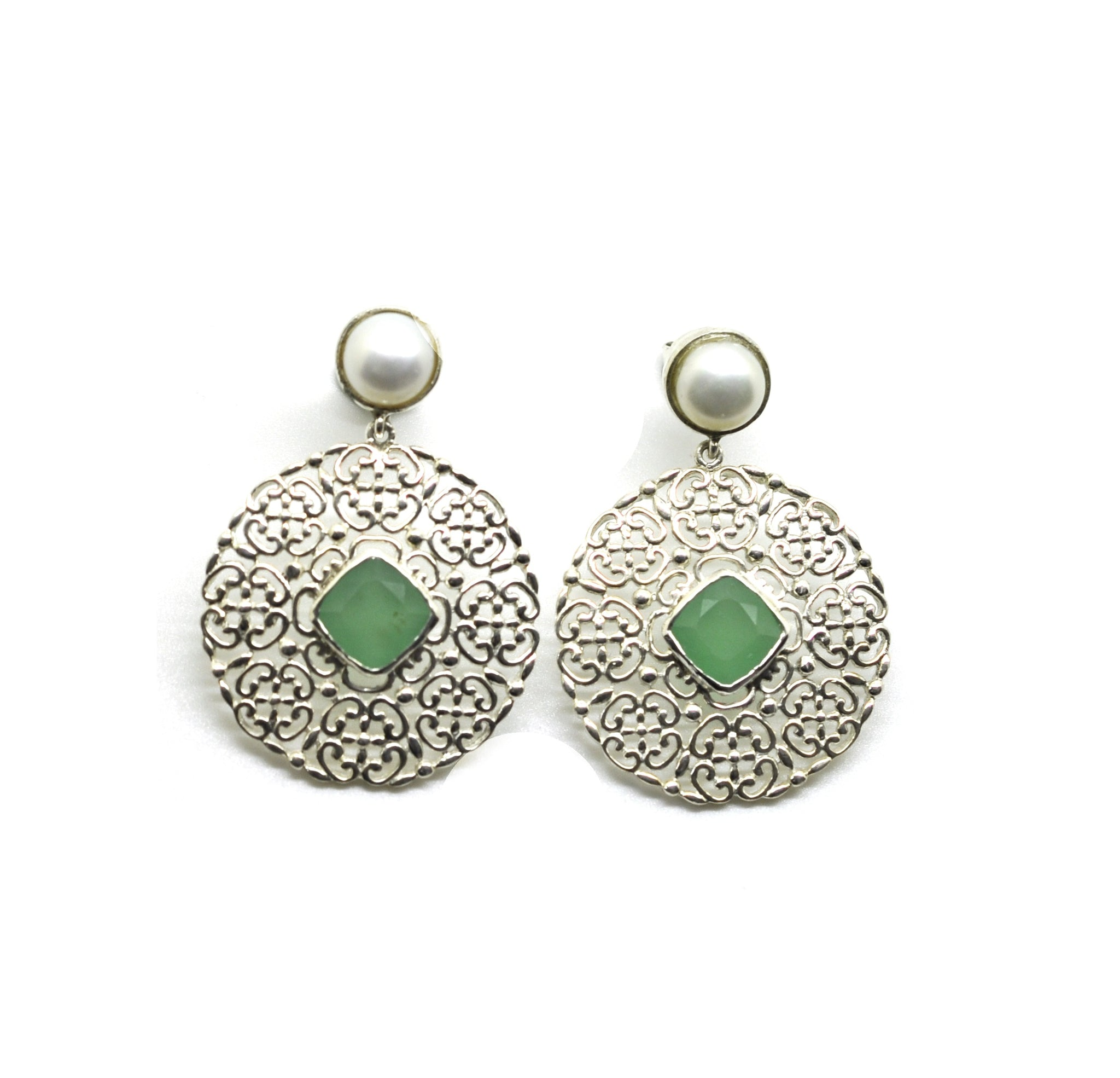 SOLD - NEW Round Filigree earring 3