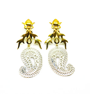 ON SALE Fire filigree earring 1