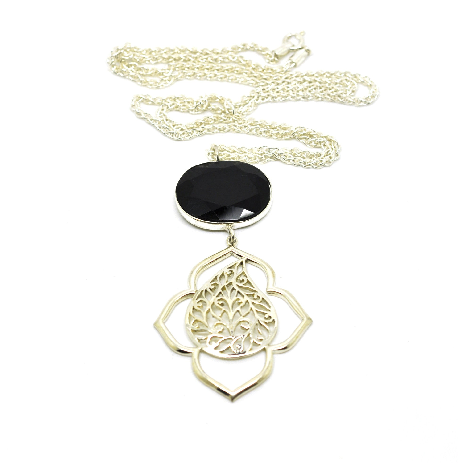 ON SALE - Filigree pendant necklace