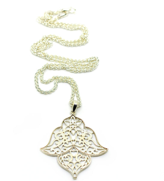 NEW Filigree pendant necklace