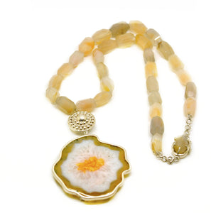 SOLD - ON SALE Druzy necklace with Agate