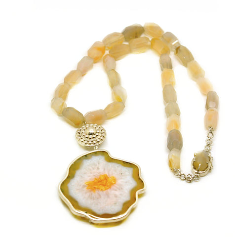 ON SALE Druzy necklace with Agate